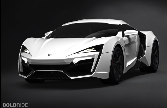 W Motors Lyka Hypersport