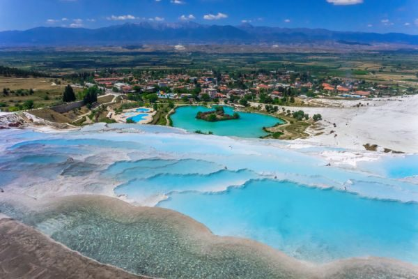 The active thermal springs of Pamukkale